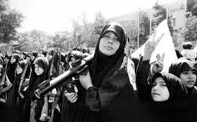 نقش زنان در پیروزی انقلاب اسلامی و بعد از آن